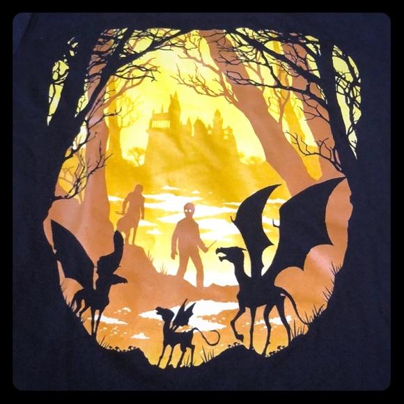 Gildan Tops - NWOT Rare Harry Potter Creatures Promo Tee